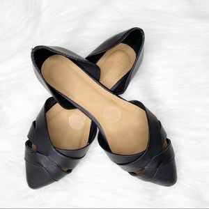 5/$30 Bamboo | Black Pointed Toe Ballet Flats